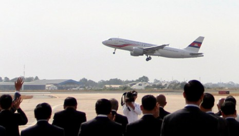 The government's newly purchased Airbus A320 jet takes off from Phnom Penh International Airport in late February. (Siv Channa)