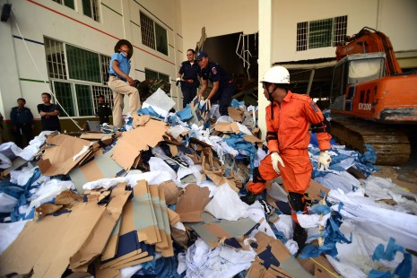 The scene of the shoe factory collapse in Kompong Speu province that killed at least two workers and left seven seriously injured early Thursday morning (Lauren Crothers/The Cambodia Daily)