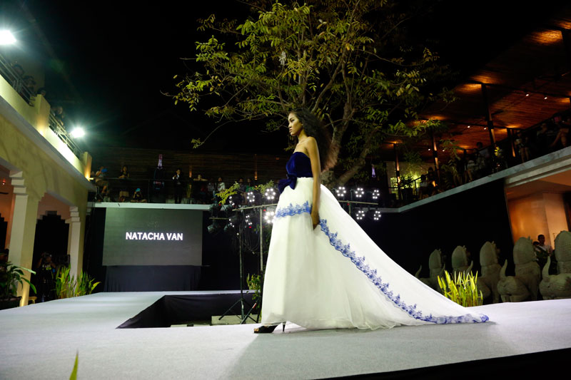 A model presents a dress by Natacha Van during Phnom Penh Designers Week at The Plantation hotel on Thursday. (Siv Channa/The Cambodia Daily)