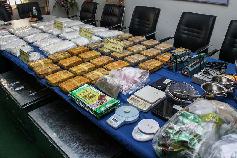 Drugs and manufacturing equipment are displayed during the press conference. (Masayori Ishikawa)