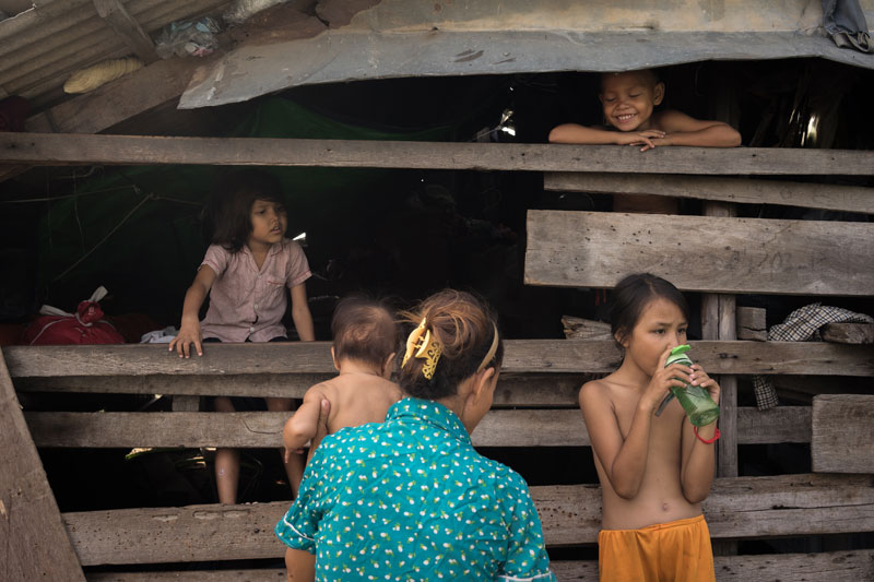 Ngor Vanna and her children at home on Tuesday (Ben Woods/The Cambodia Daily)