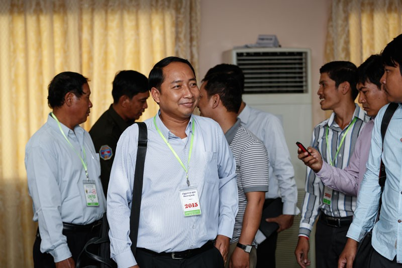 Union leader Ath Thorn attends a meeting with CPP lawmakers about a draft union law at the National Assembly in Phnom Penh on Tuesday. (Siv Channa/The Cambodia Daily)