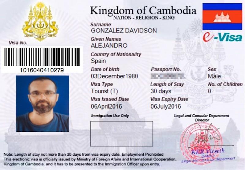 Spanish environmental activist Alex Gonzalez-Davidson's 'e-visa'